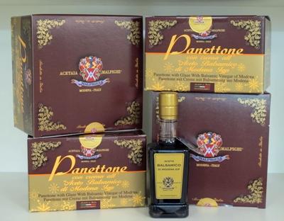 Panettone med kräm av balsamvinäger IGP från Modena